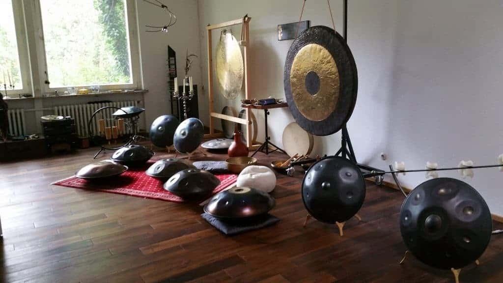 Handpans und Gong