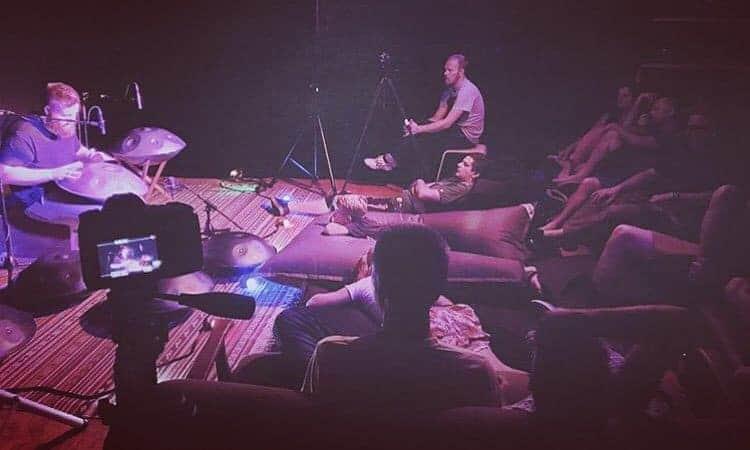 Dan Mulqueen bei der Livingroom Session von EchoSoundSculpture