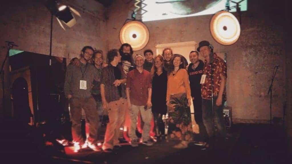 George Townsend mit Gästen auf seinem Handpan Festival Berlin