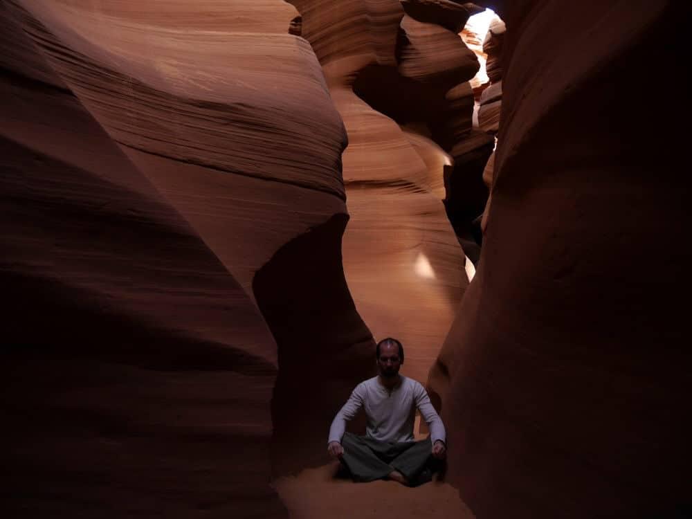 Jan Günzel beim Meditieren
