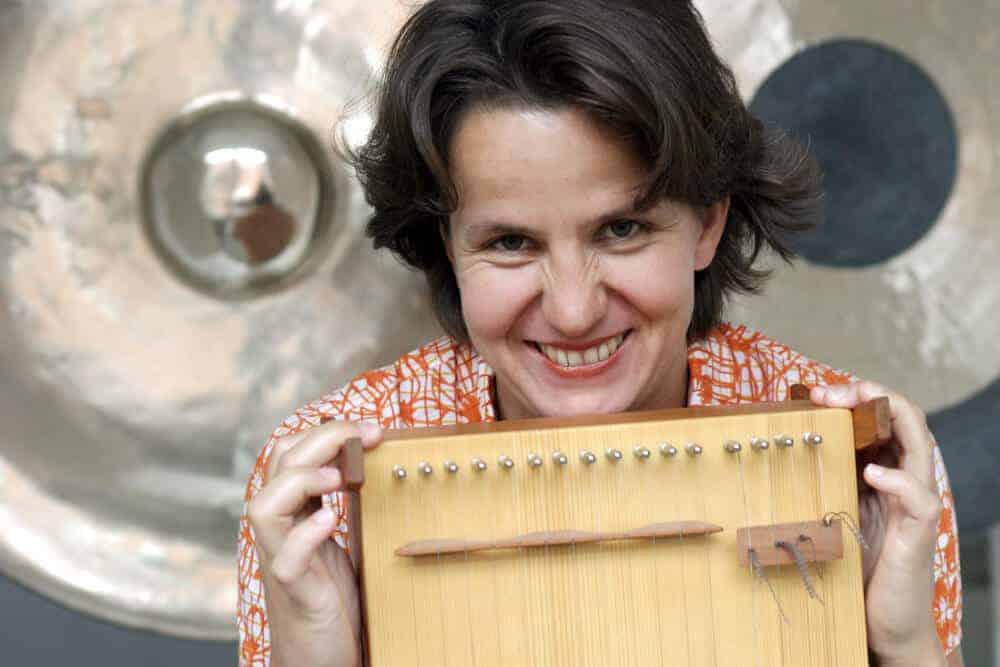 Cora Krötz 2005 beim ersten Soloprogramm
